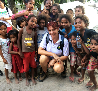 "_____ _____ _____ _____ _____ ""Amanda Abizaid with the Aeta Children"""